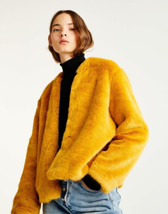 manteau en fausse fourrure court