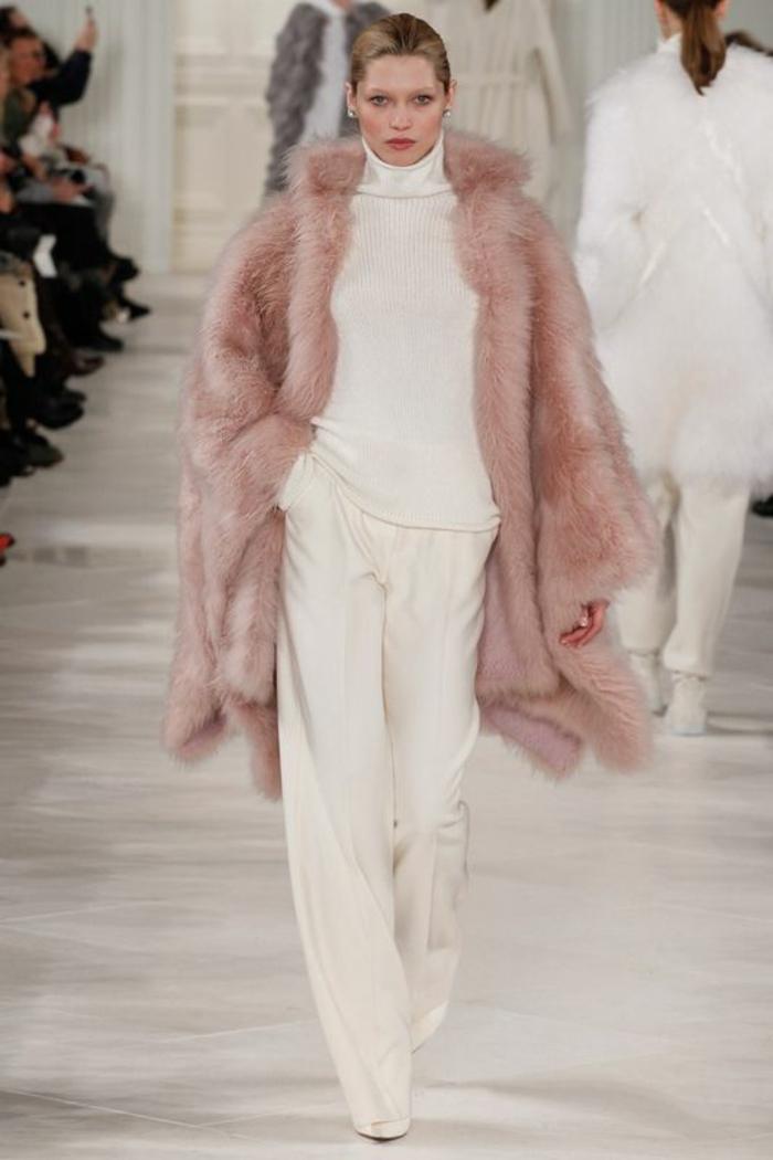 manteau en fausse fourrure moderne