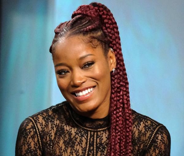 modèle de tresse africaine pour femme cheveux bordeaux