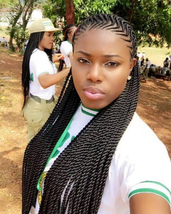 modèle de tresse africaine pour femme variante compliquée