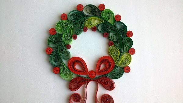 quilling Noël une couronne avec noeud