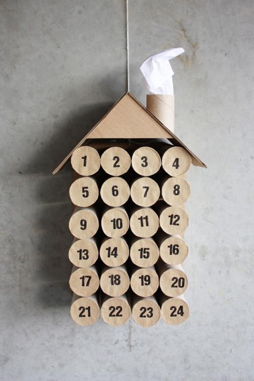 rouleau papier toilette maison calendrier