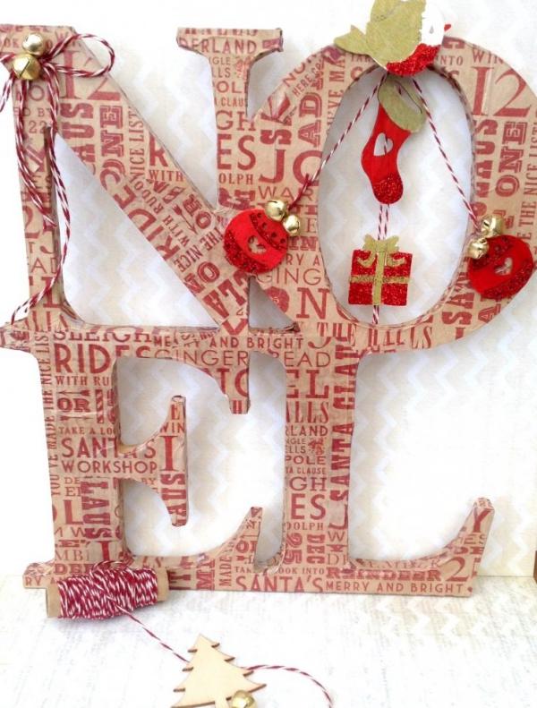 serviettage Noël lettres énormes pour décoration