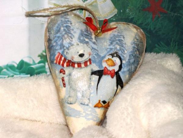 serviettage Noël un coussin pour cadeau