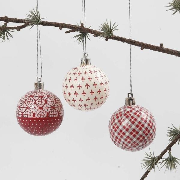 serviettage Noël une branche d'arbre