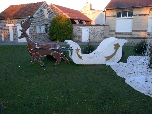 traîneau Père Noël DIY décoration extérieure