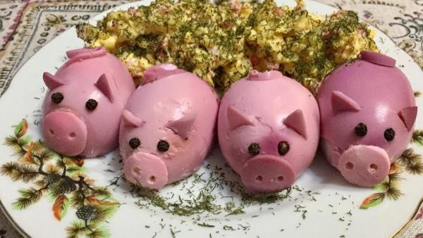 année du cochon un plateau bien décoré