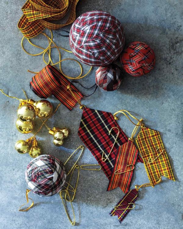 boule de Noël à fabriquer habillées en tissu