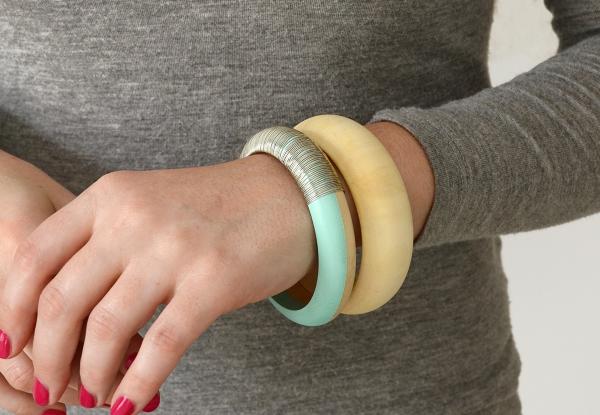 bracelet en bois deux bracelets