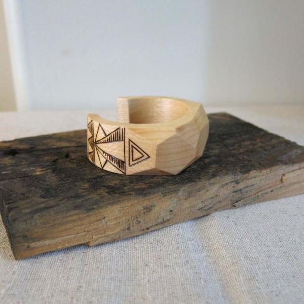 bracelet en bois joli cadeau