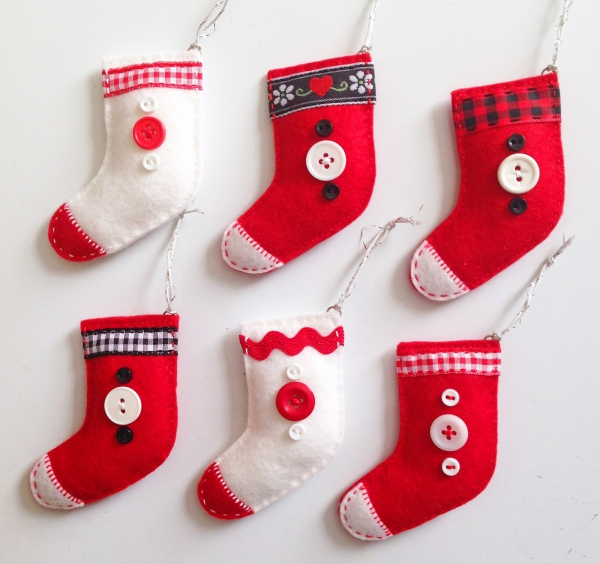 chaussette de Noël à fabriquer six petites chaussettes