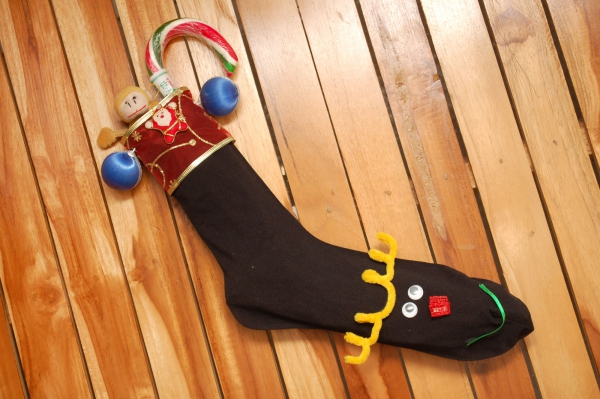 chaussette de Noël à fabriquer une vieille chaussette noire