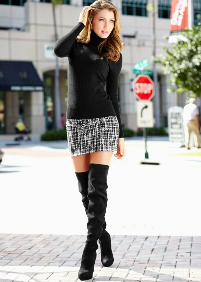 comment porter des cuissardes avec une jupe courte