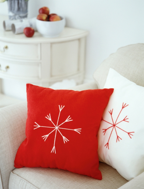 coussin Noël personnalisé blanc et rouge