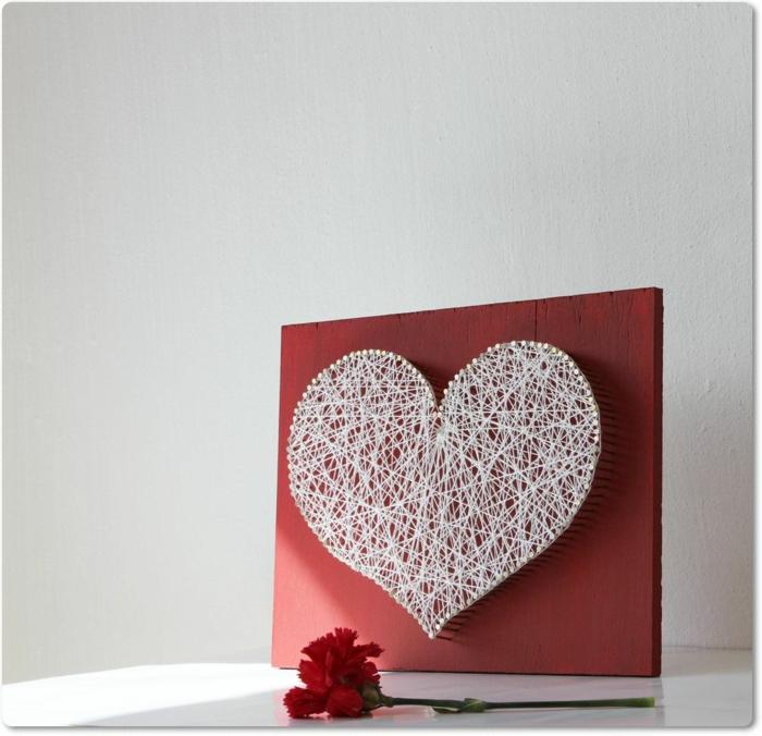 déco romantique saint valentin 2019 string art