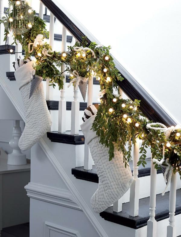 décoration escalier noël blanche