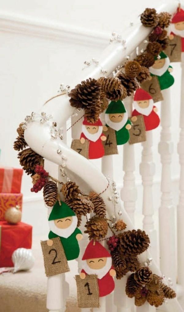 décoration escalier noël guirlande de pommes de pin calendrier de l'avent