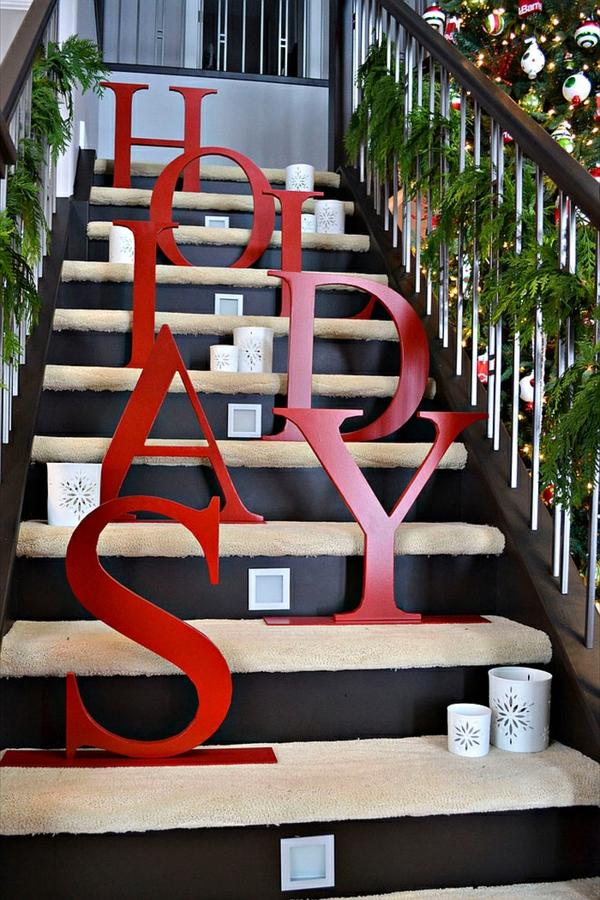 décoration escalier noël lettres géantes en bois