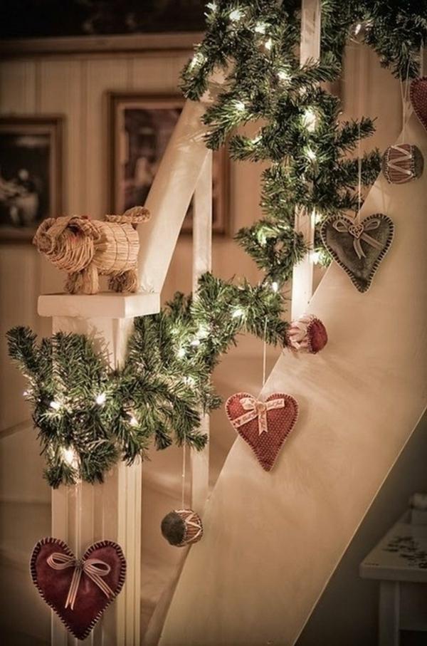 décoration escalier noël ornements suspendus diy