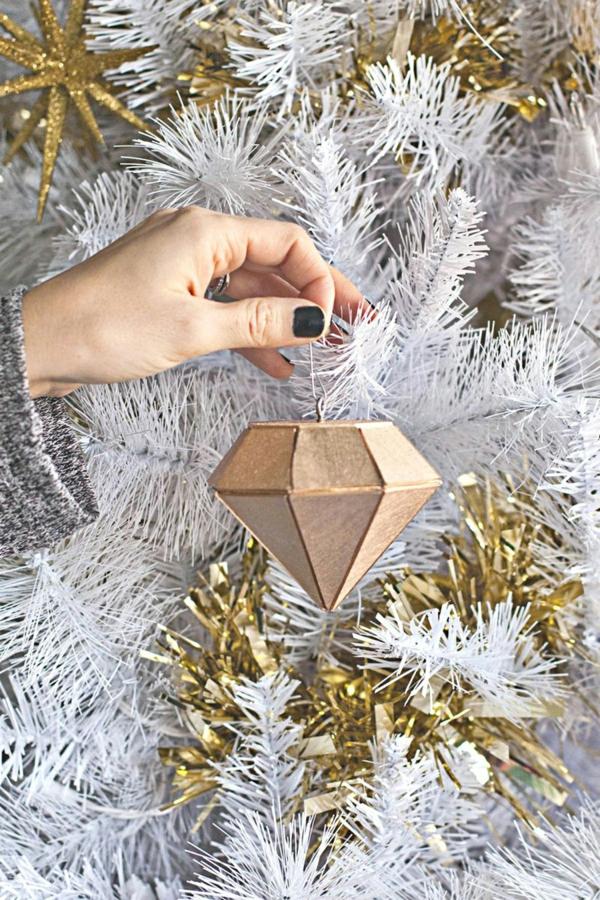 décorer son sapin de noël ornement géométrique en bois