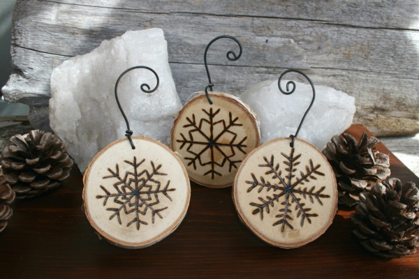 décorer son sapin de noël rondin de bois