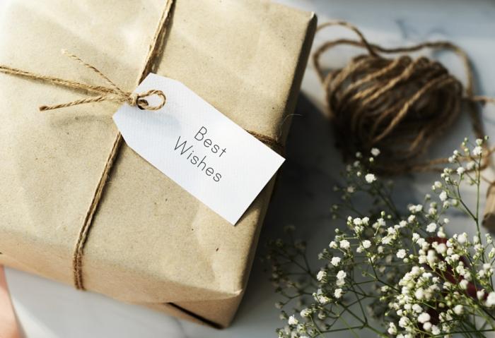 diy-emballage-avec-papier-cadeau-kraft