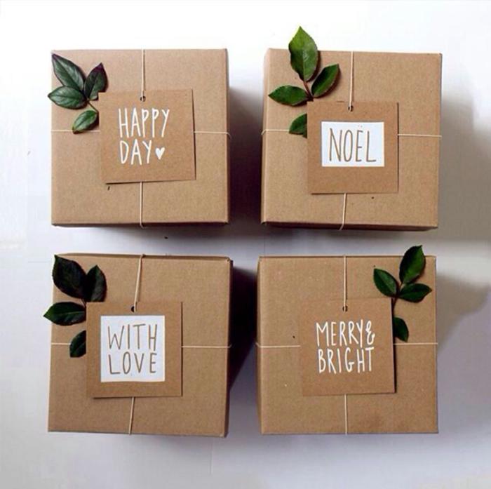 emballage en papier cadeau kraft pour noël