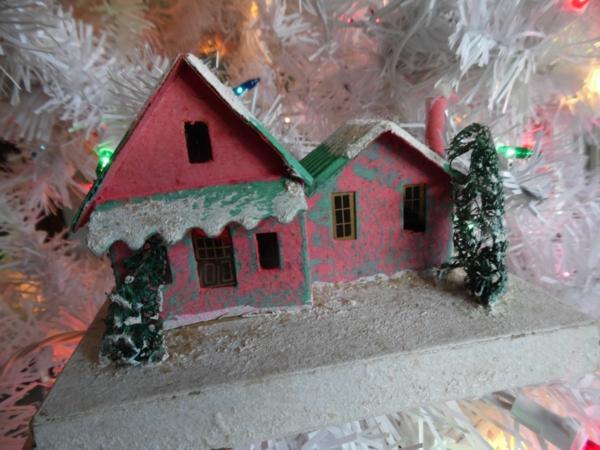 fabriquer un village de Noël blotti dans la neige