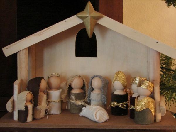 fabriquer une crèche de Noël un ensemble en bois