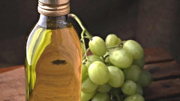 huile de pépins de raisin un flacon d'huile