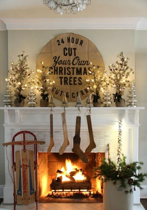 idée déco cheminée noël chaussettes en bois diy