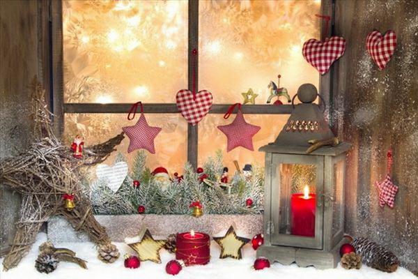 idée déco fenêtre noël lanterne ornements textile étoile branchage