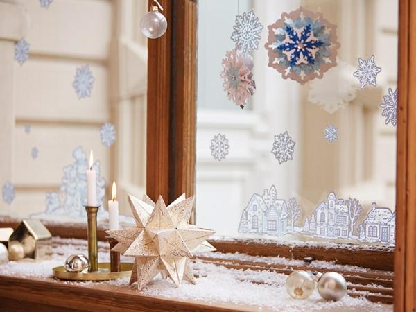 idée déco fenêtre noël neige artificielle flocon origami
