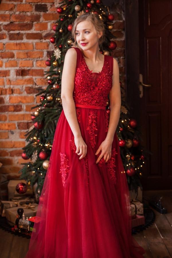 idée tenue Nouvel An robe rouge