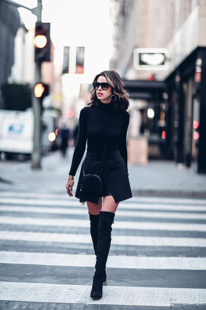jupe noire et comment porter des cuissardes