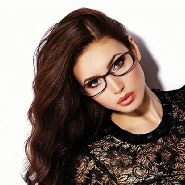 lunettes rhabillées larges et rectangulaires