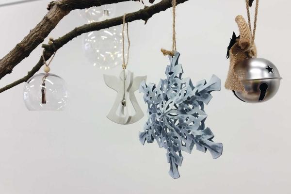 mobile de Noël à fabriquer objets suspendus
