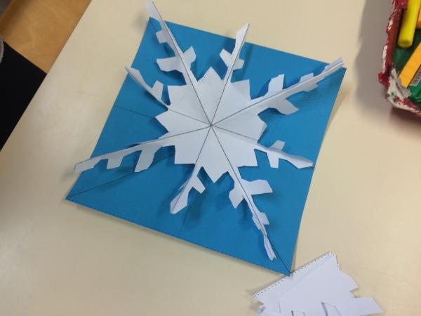 origami Noël flocon en trois dimensions