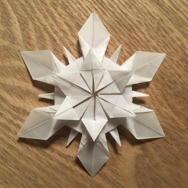 origami Noël flocon une création en papier sulfurisé