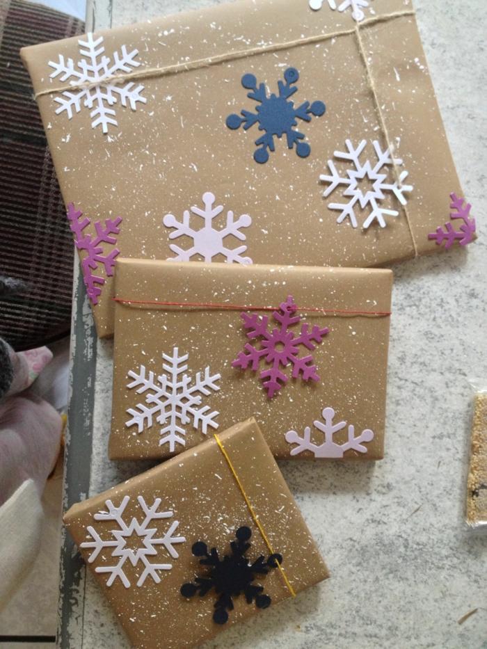papier cadeau kraft déco avec flocons de neige
