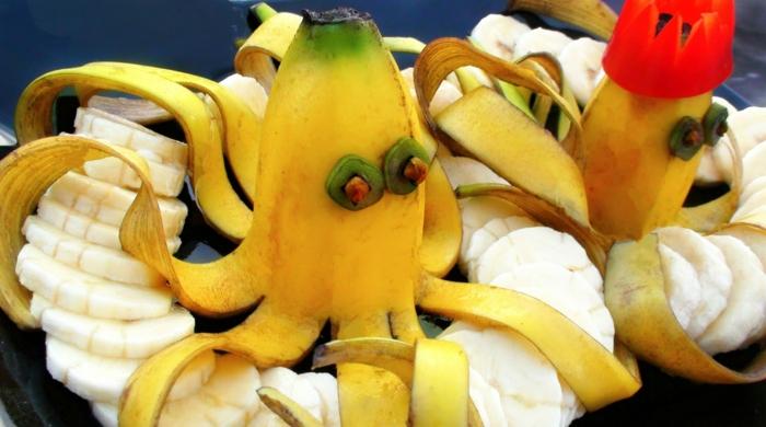 peau de banane idée avec des épluchures