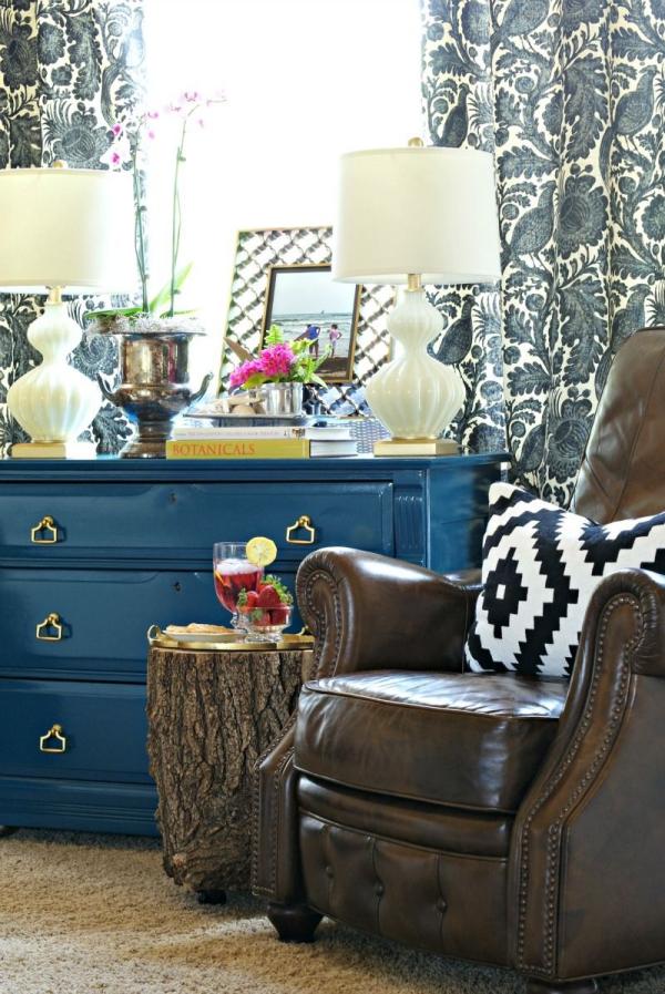 peinture bleu paon rideaux à motifs forestiers