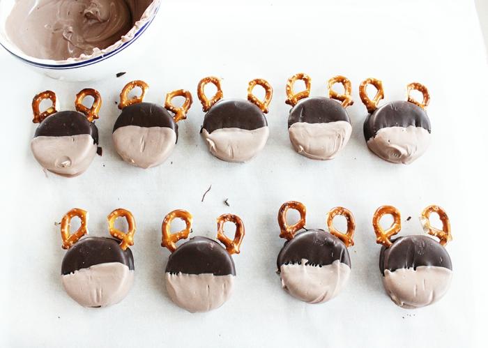 préparer glaçage biscuit noël rudolph