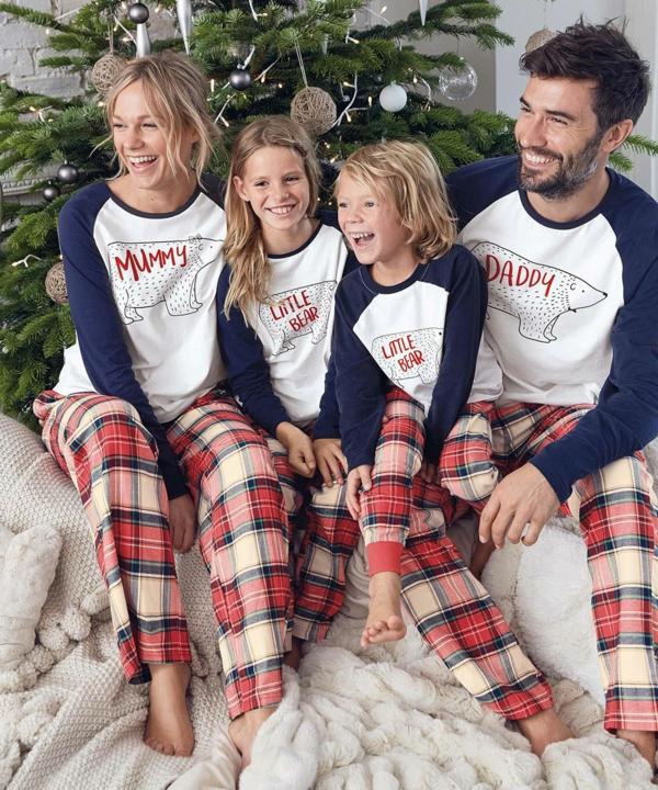 séance photo famille noël pyjamas