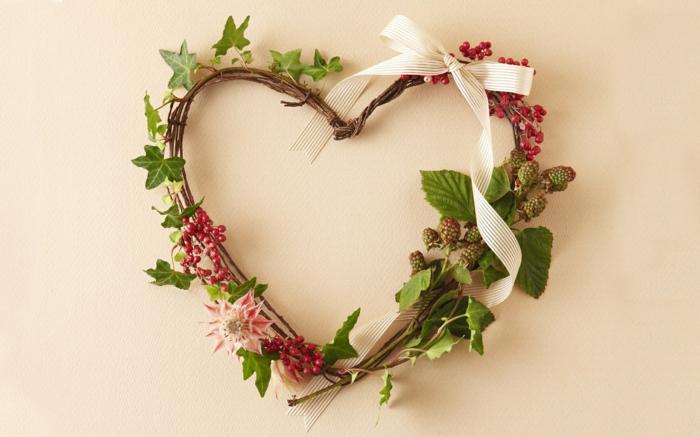 saint valentin 2019 déco porte d'entrée avec une belle couronne