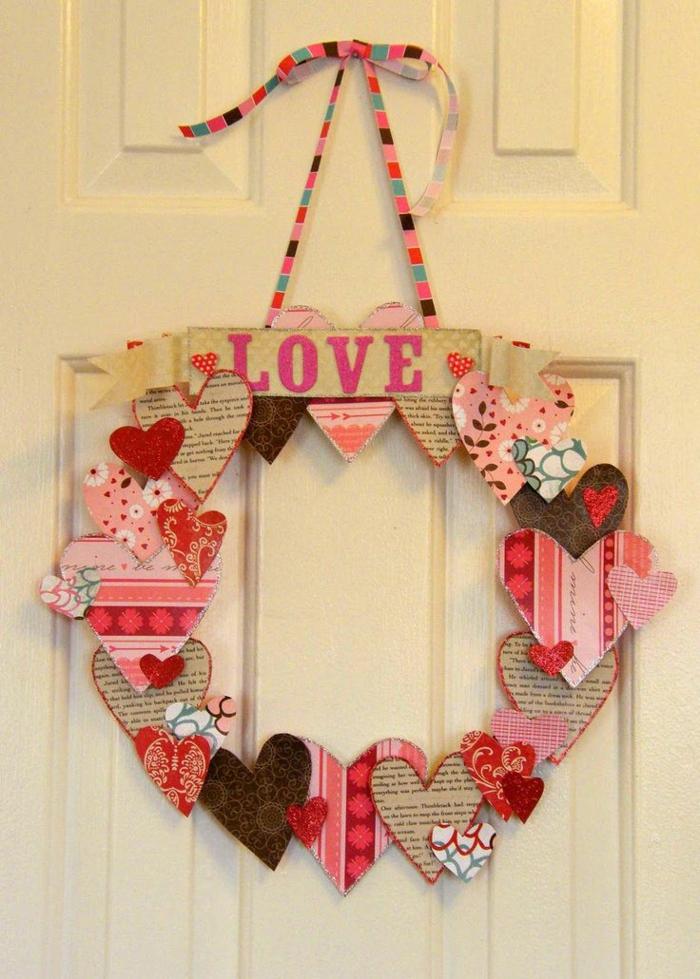 saint valentin 2019 décoration couronne avec des coeurs