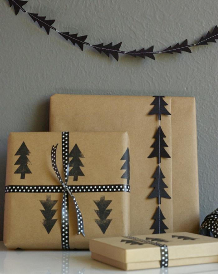 sapins noirs idée déco papier cadeau kraft