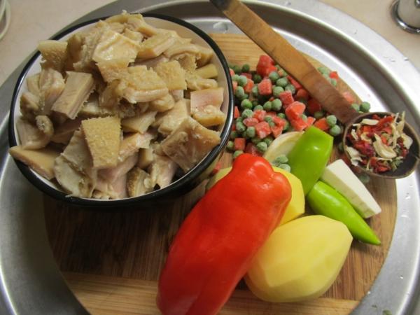 soupe aux tripes et aux pommes de terre
