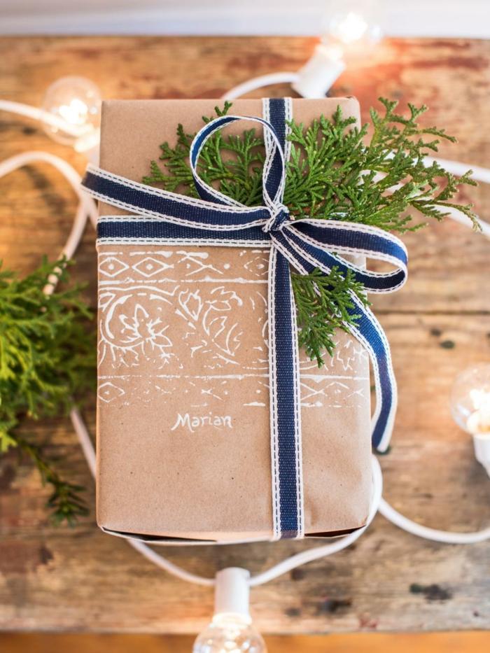 tampon encreur papier cadeau kraft déco