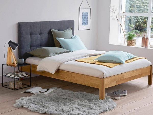 tapis fausse fourrure blanc chambre à coucher